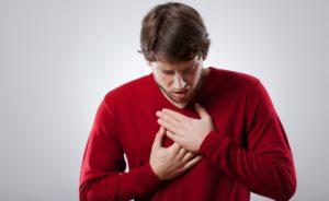 у мужчины дискомфорт в грудной клетке