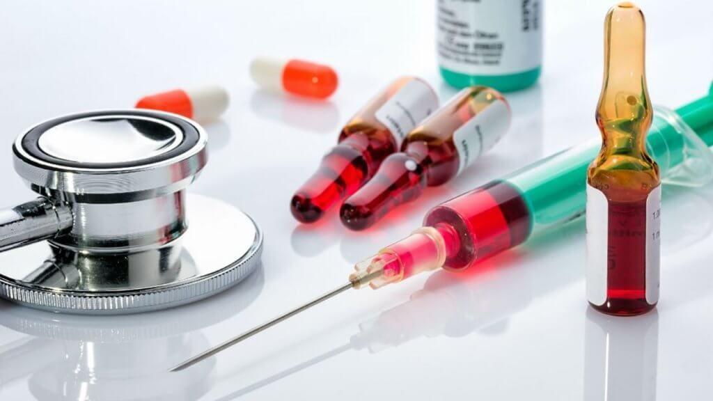 Выбор групп антибиотиков при пневмонии определяется с учетом индивидуальных особенностей организма