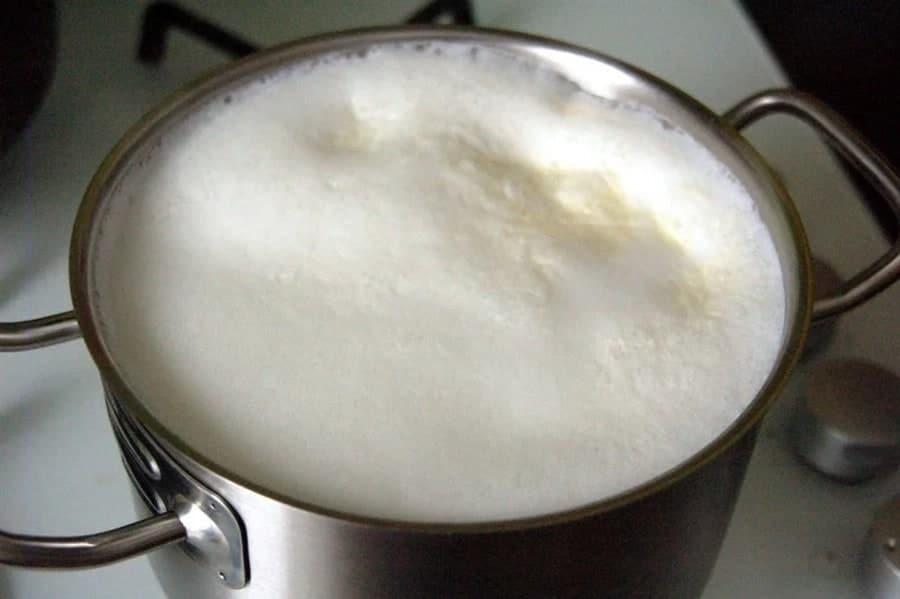 кипящее молоко