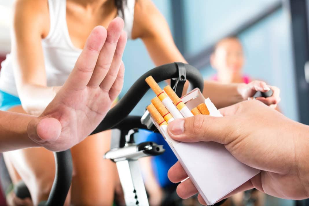 Как физическая нагрузка помогает бросить курить?