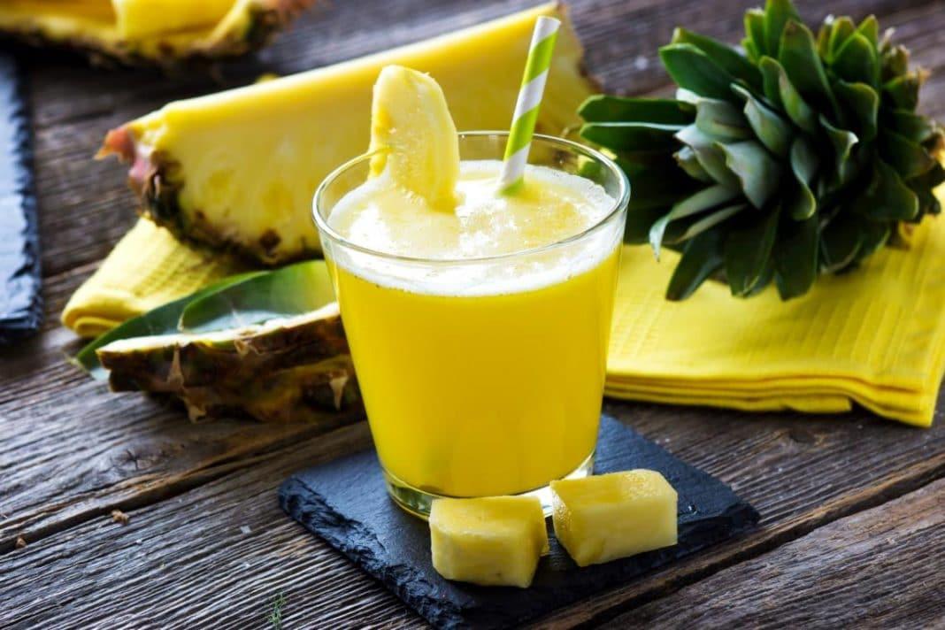 Ананасовый сок: 10 причин включить его в рацион