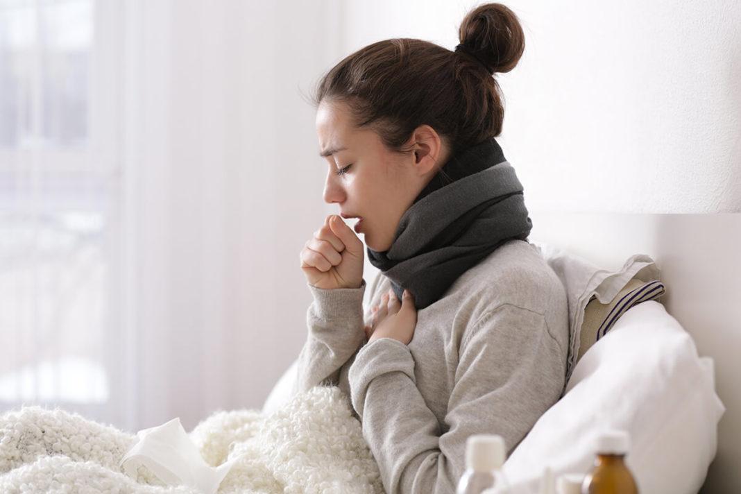 Опасно ли при кашле глотать мокроту?