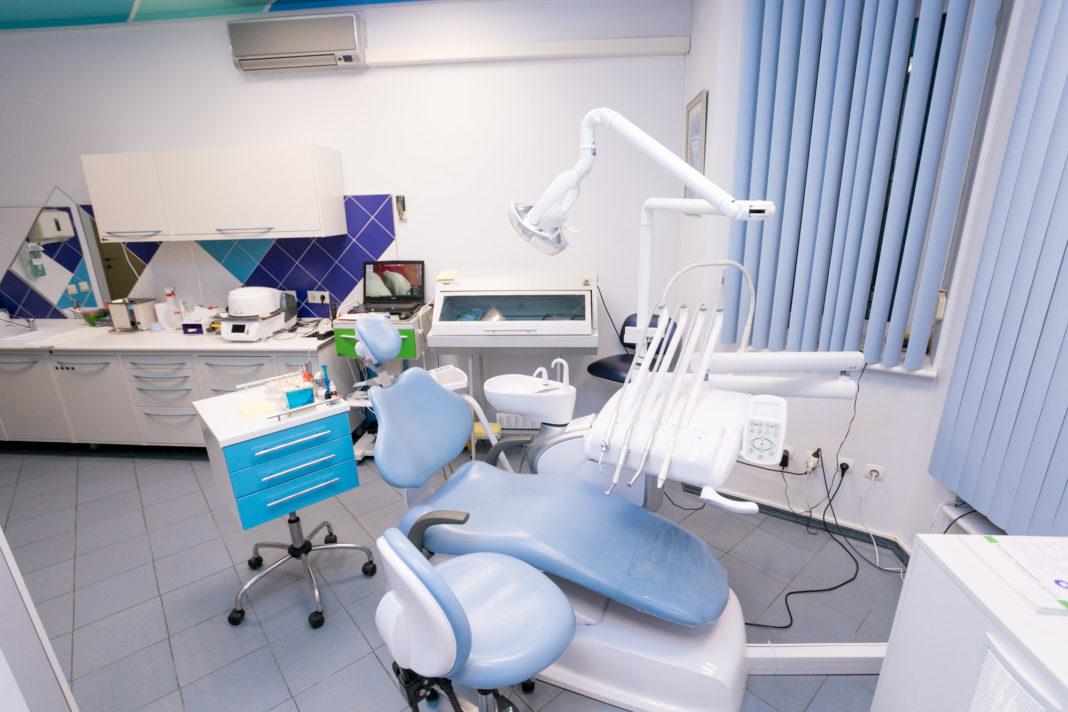 Чем именно всегда пахнет в стоматологическом кабинете?