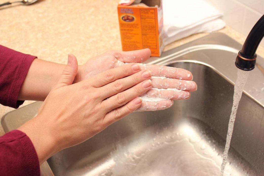 Как избавиться от запаха рыбы на руках?