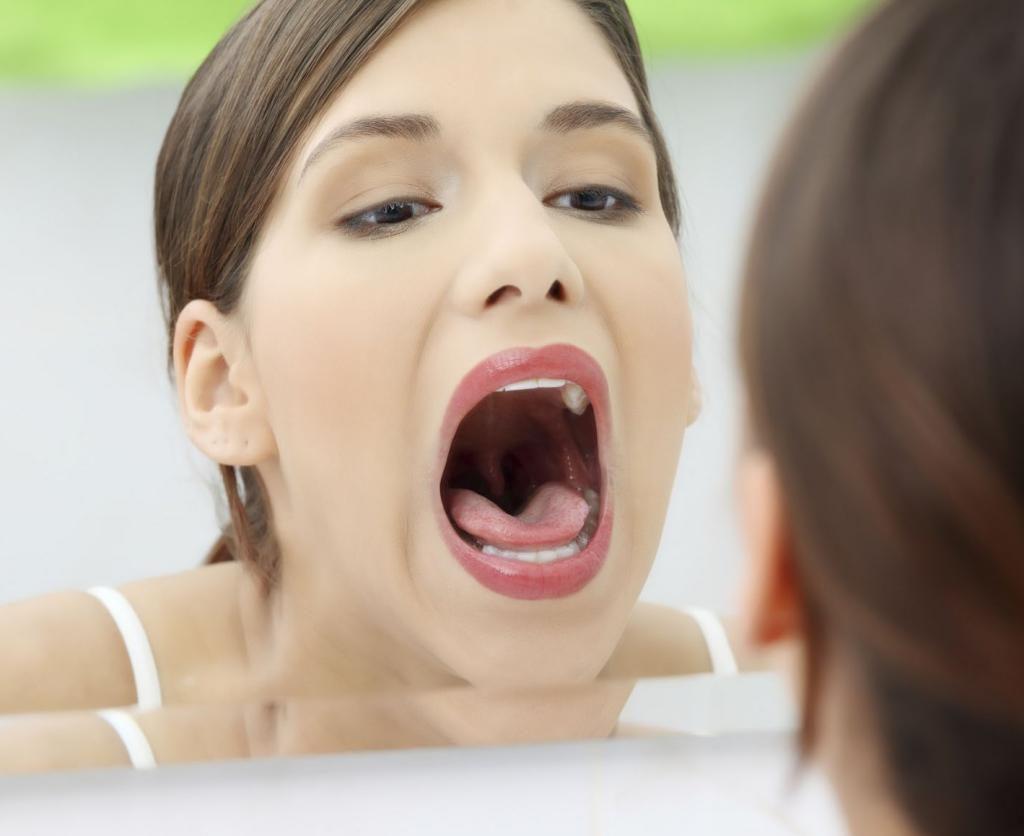 Как определить причину боли в горле?