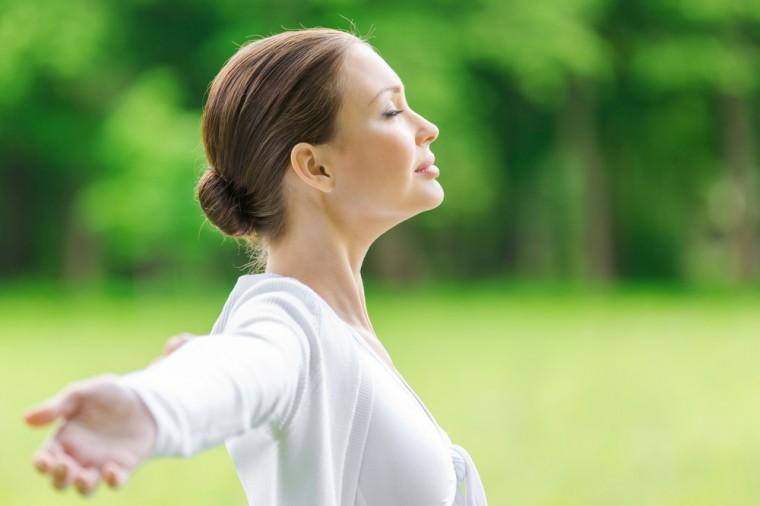 «Очистительное дыхание»: как разогнать кровь по телу и вывести токсины