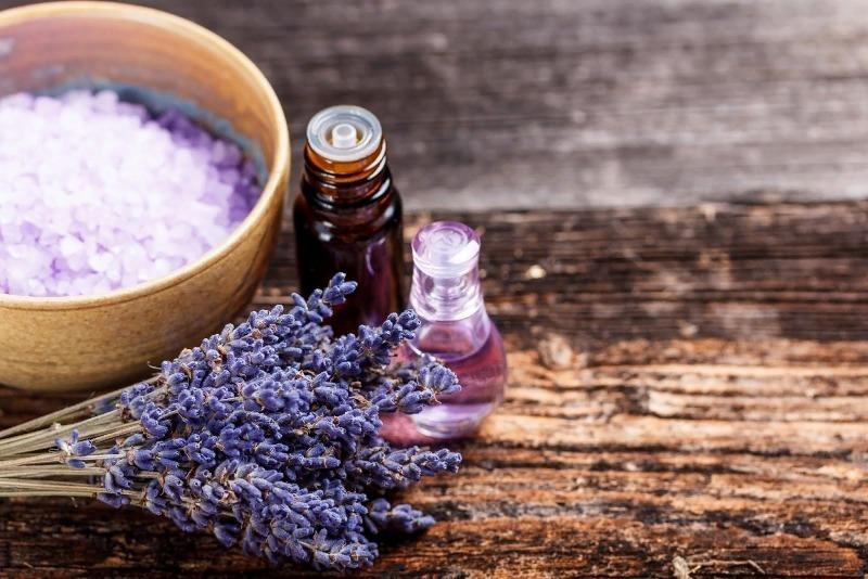 5 ароматов, которыми стоит наполнить свою спальню, чтобы быстрее и крепче уснуть