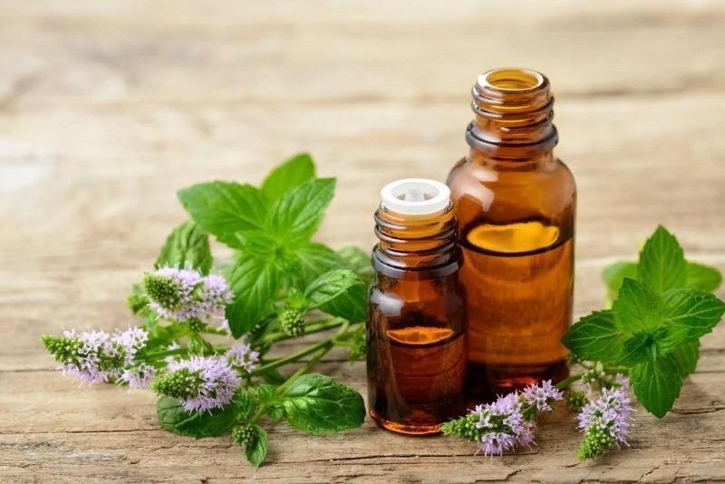 5 эфирных масел, которые снижают риск сезонной аллергии