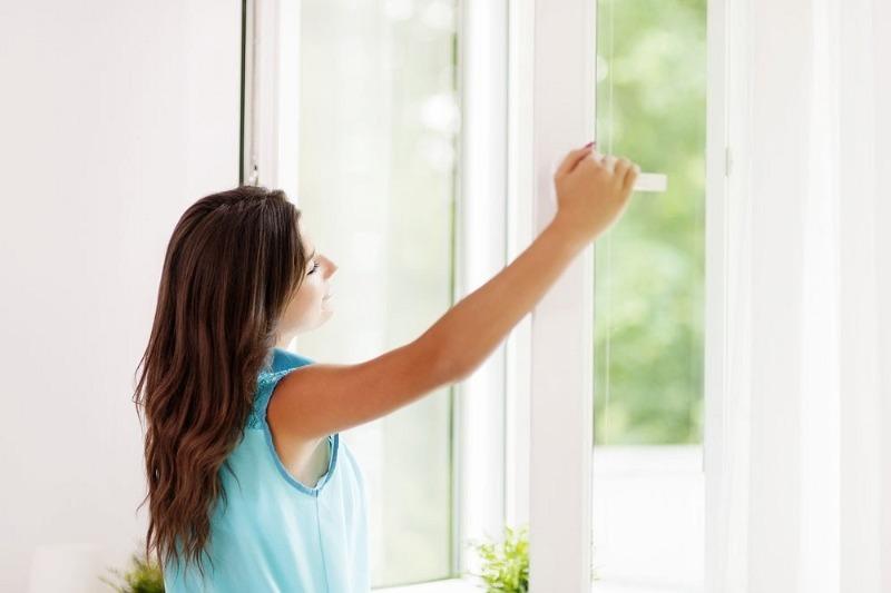 4 неприятных сюрприза ждут всех, кто редко проветривает квартиру