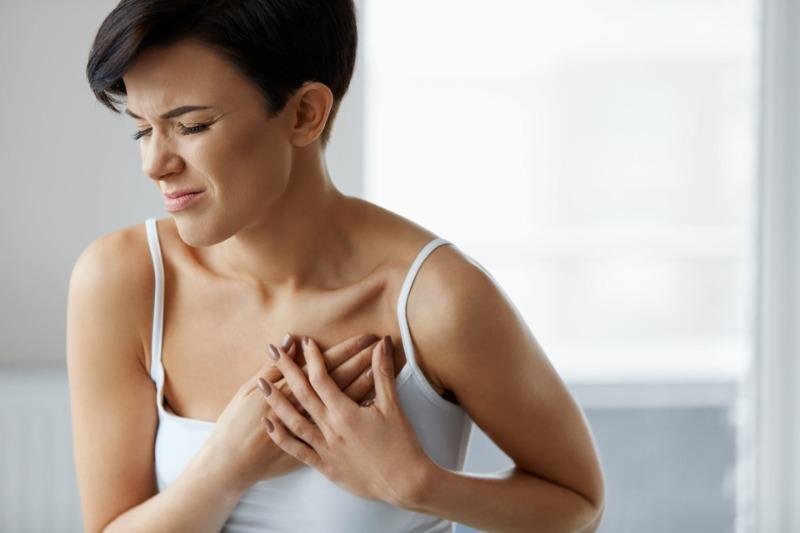 Как по характеру боли в грудной клетке можно выяснить причину