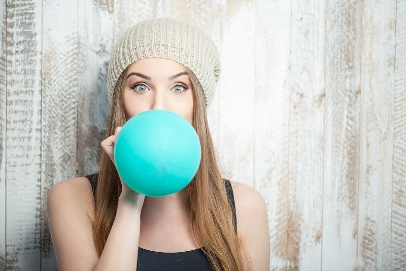 Элементарное упражнение с воздушным шариком поможет укрепить легкие