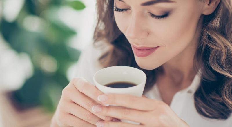 Запах грозы, свежего кофе и еще пара ароматов, которые делают нас счастливее
