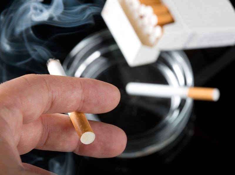 Доказано, что сигареты повышают риск лишиться рассудка