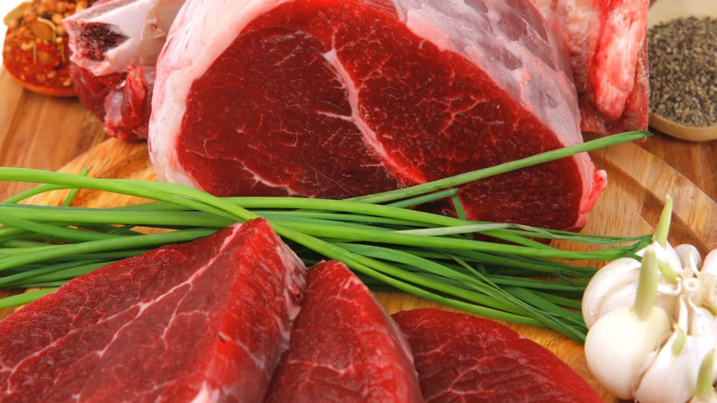 Больному необходимо не менее 120 грамм мяса в сутки