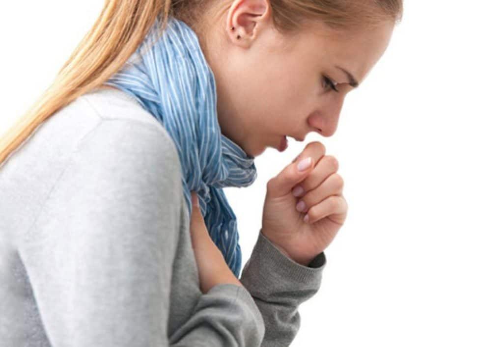 При продолжении кашля в период реабилитации следует обратится к врачу