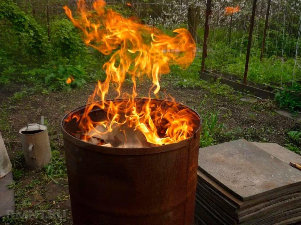 Сжигание токсичного мусора в кострах это проблема с которой сталкиваются каждый год