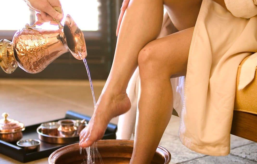 Можно ли парить ноги при кашле